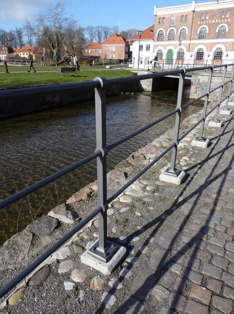 Bollard Fence And Gates Velamp A S